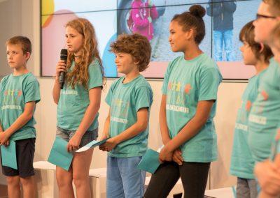Schüler*innen der Regenbogenschule Schalkenbach